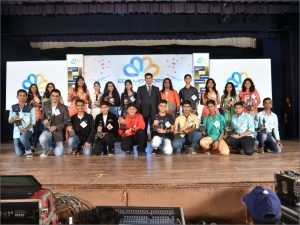 2016-edumentor-raju-sir-with-toppers-2